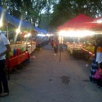 Photo taken at Pasar Malam Bandar Baru Bangi by Aidil A. on 3/23/2013