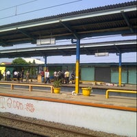 Photo taken at Stasiun Depok Baru by Sylva on 12/10/2012