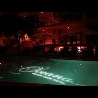 Photo taken at Oceana Beach Club Hotel by Scott Ex on 11/5/2012