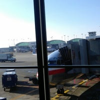Photo taken at Gate H6 by Stephen S. on 1/6/2013