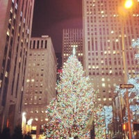Photo taken at 30 Rockefeller Plaza by Pp R. on 12/28/2012