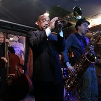 Photo taken at Smalls Jazz Club by Jeremias P. on 2/16/2013