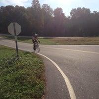 Photo taken at Riverbend Park by Lismond B. on 10/18/2014