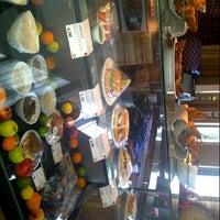 Photo taken at Link@Sheraton Café by Michal K. on 10/9/2012