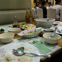 Photo taken at Giligan's by ⓙⓐⓨⓒⓨ on 10/10/2013
