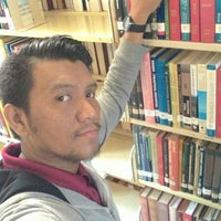 Photo taken at Perpustakaan Kampus (Campus Library) by Mohd A. on 5/5/2016