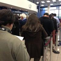 Photo taken at Banco de Chile by 🐱🐾 ElGatoCrazy 🐾🐱 on 6/3/2013