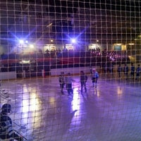 Photo taken at Oxford Ice Rink by Alfonso M. on 5/15/2016