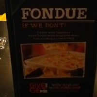 Photo taken at Ruby Tuesday by Angel GS 婉. on 12/31/2012