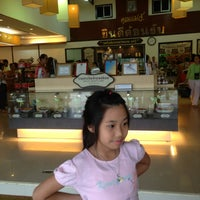 Photo taken at ร้านคุณแม่จู้ by Muay K. on 5/26/2013