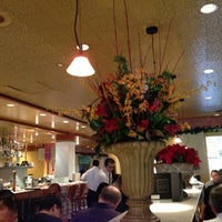 Photo taken at Il Fornaio Palo Alto by Humphrey C. on 12/17/2012
