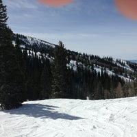 Photo taken at Pony Express Chairlift by Robin G. on 3/19/2013