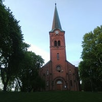 Photo taken at Sofienberg kirke by Emre V. on 5/19/2015