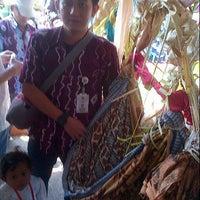 Photo taken at Museum Lambung Mangkurat Banjarbaru by Yofie R. on 1/23/2014
