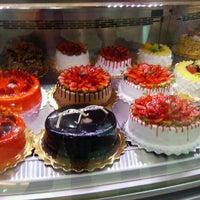 Photo taken at Rawan Cake by Rami B. on 4/22/2013