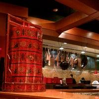 Photo taken at Pei Wei Asian Diner by Linda H. on 11/6/2012