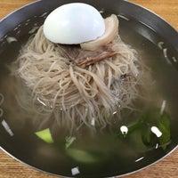 Photo taken at 평양면옥 by Stephen K. on 8/8/2016