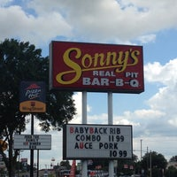 Photo taken at Sonny's BBQ by Bobby S. on 6/27/2012