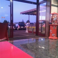 Photo taken at Cafeteria El Faro by Fernando A. on 9/26/2012