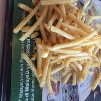 Photo taken at McDonald's by syafiqeak .. on 3/26/2016