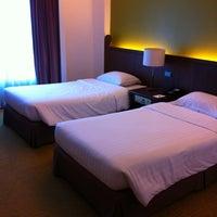Photo taken at Krungsri River Hotel by Jiroj V. on 10/22/2012