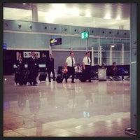 Photo taken at Gate E70 - Aeroport T1 by Mustafa Ozan A. on 7/31/2013