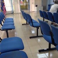 Photo taken at Jabatan Pendaftaran Negara JPN by Waneystal on 4/1/2016