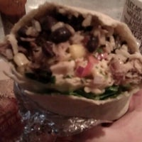 Photo taken at Chipotle Mexican Grill by Mindelei W. on 1/13/2013