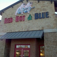 Photo taken at Red Hot & Blue  -  Barbecue, Burgers & Blues by Michael H. on 11/24/2012