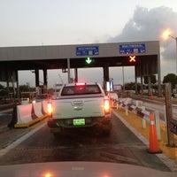 Photo taken at Caseta De Cobro Puente Tampico by PcSita M. on 4/22/2013
