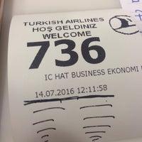 Photo taken at THY Satış Ofisi by İsa Ü. on 7/14/2016
