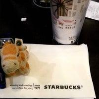 Photo taken at Starbucks by Romeo G. on 4/11/2016