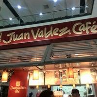 Photo taken at Tienda Juan Valdez by David B. on 5/26/2015