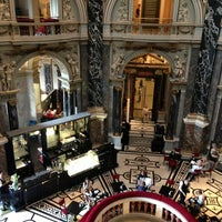 Das Foto wurde bei Kunsthistorisches Museum Wien von Ertan am 7/13/2013 aufgenommen