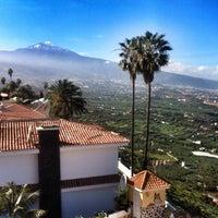 Photo taken at Cafe Vista Paraíso by David G. on 12/28/2014