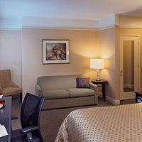 Photo taken at Best Western Plus Hawthorne Terrace Hotel by Best Western Plus Hawthorne Terrace Hotel on 8/27/2015