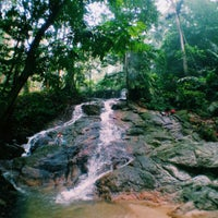 Photo taken at Waterfall, Forest Research Institute of Malaysia by Dakechip .. on 10/10/2015