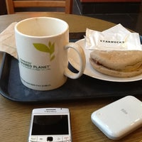 Photo taken at Starbucks by Moosung K. on 10/31/2012