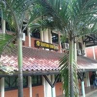 Photo taken at Fakultas Teknik by Angga K. on 4/11/2015