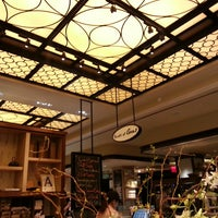 Photo taken at Sushi of Gari at The Plaza Hotel Food Hall by Erin K. on 3/11/2013