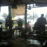 Photo taken at Chacrinha Restaurante & Pizza Bar by Braw T. on 1/3/2013