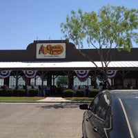 Photo taken at Cracker Barrel Old Country Store by Edward M. O. on 5/26/2013
