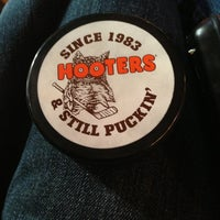 Photo taken at Hooters by 💢💢Mayor Ry🍎ner💢💢 on 2/1/2013