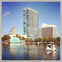 Photo taken at Lake Eola Park by Alexandra 🎀 on 11/8/2013