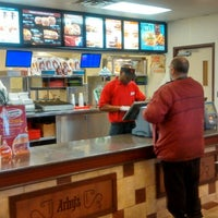 Photo taken at Arby's by Ivy Agnes N. on 2/2/2014
