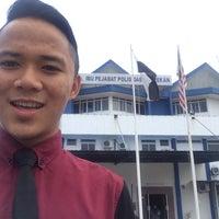 Photo taken at Ibupejabat Polis Daerah Pekan by Mohamad Haidar Z. on 8/10/2015