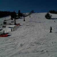 2/9/2013 tarihinde Mike S.ziyaretçi tarafından Chicopee Ski & Summer Resort'de çekilen fotoğraf