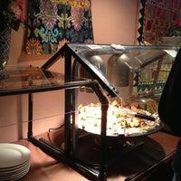 Photo taken at Taj Mahal Restaurant by Larry Z. on 12/9/2012