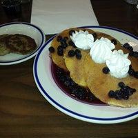 Photo taken at Bob Evans Restaurant by Draco o. on 11/1/2014