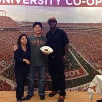 Photo taken at University Co-op Houston by Wu-Ning H. on 11/22/2014